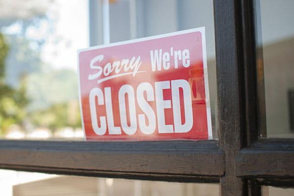 Табличка Извините мы закрыты