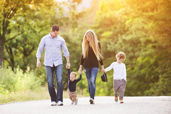 Счастливая семья в Новой Зеландии