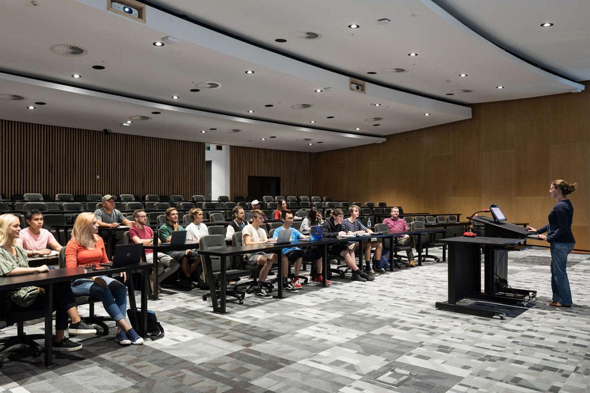 Студенты в аудитории университета Вайкато